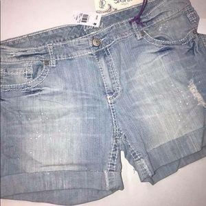 NWT Vanity Sasha Shorts denim 33 jeans Women's